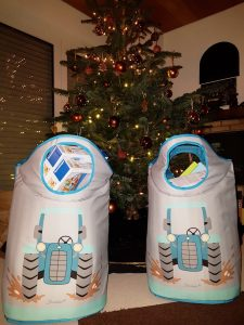 Wäschefresser von Sterntaler, hier auf dem Bild als Geschenktasche für Weihnachten.