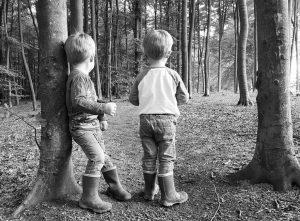 Die Welt Entdecken, Alf und Ulf im Wald
