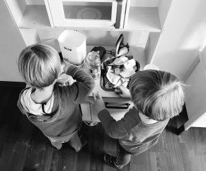 Alf und Ulf kochen in Ihrer Kinderküche